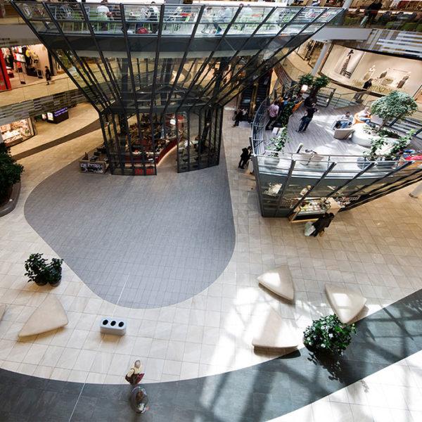 Ristrutturazione centro commerciale